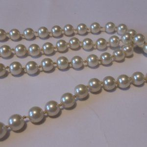Necklace Vintage Pearls in Long Single Strand